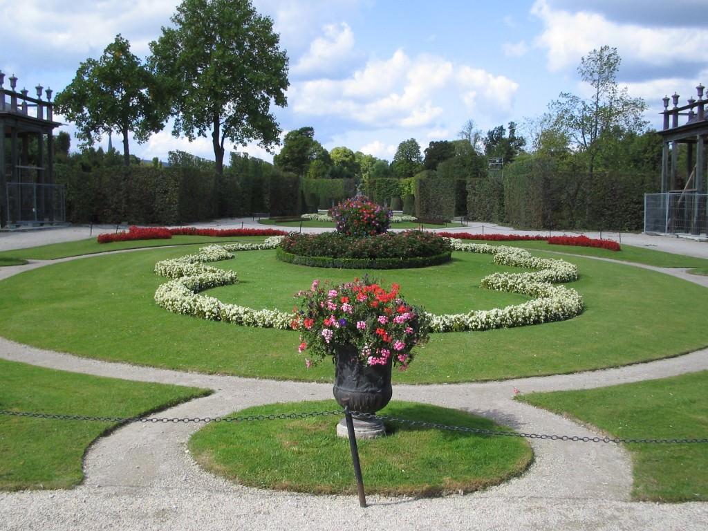 shoenbrunn garden2