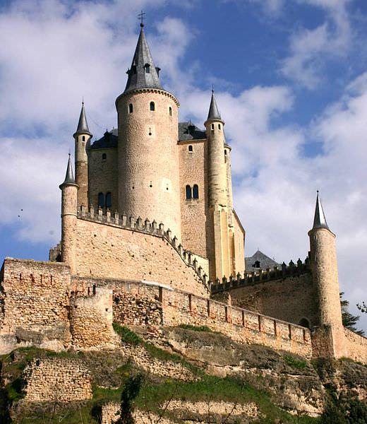 Segovia Castle, a favorite of the castles in Spain
