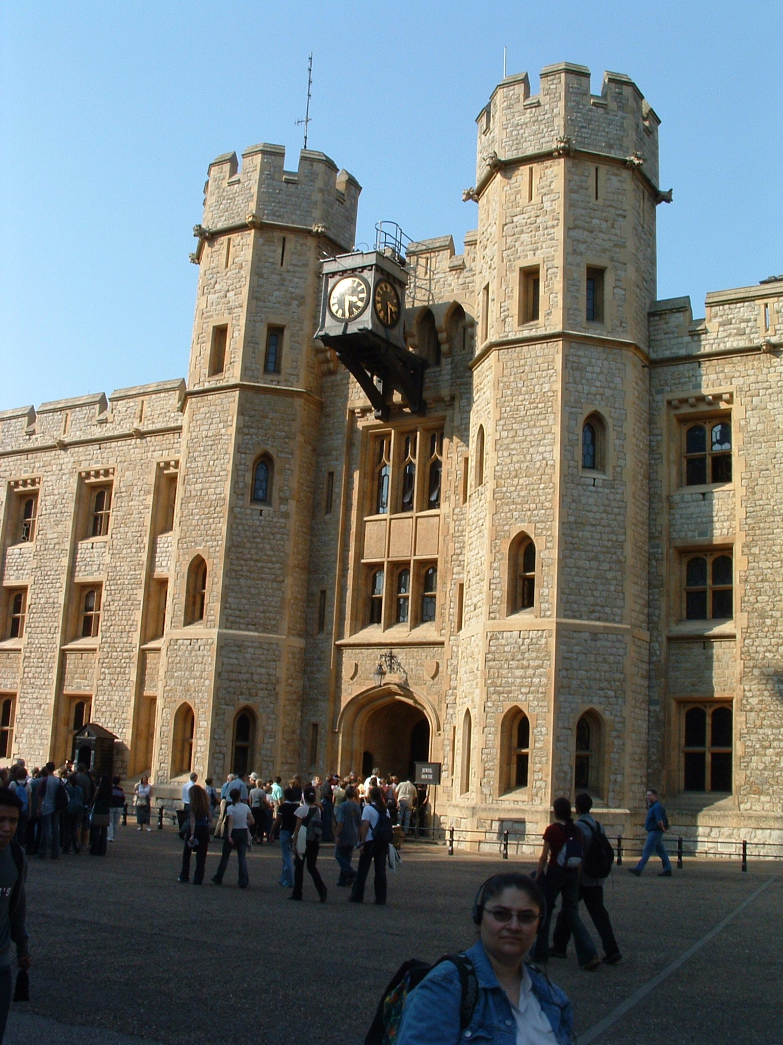 tower-of-london-2.JPG