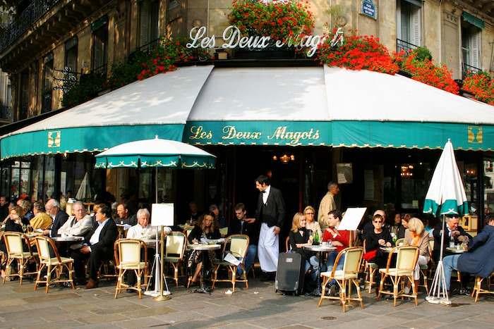 Les Deux Magot restaurant