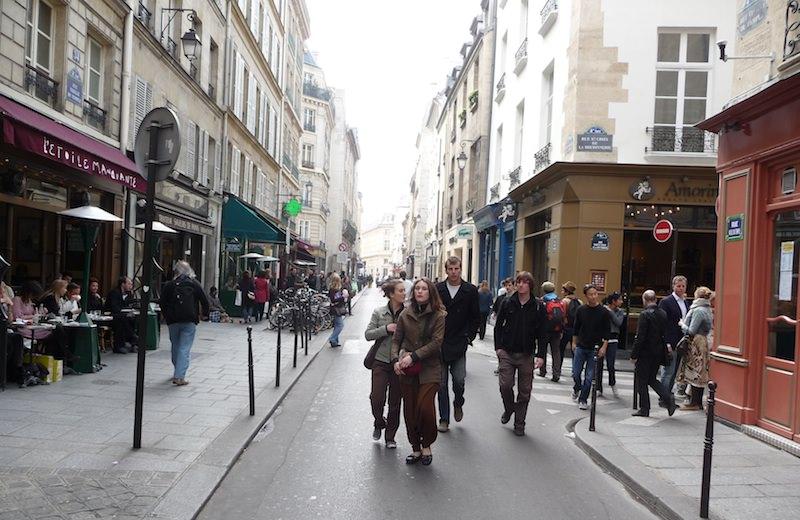 Shopping in the Trendy Marais