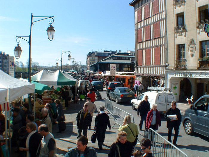 The bustling Bayonne Market