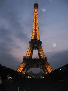 eiffel-tower-night.JPG