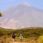 hiking-on-the-cumbre-dorsal-mount-teide