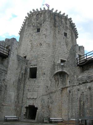 kamerlengo-fortress