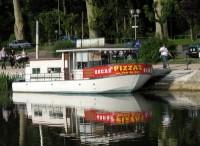 pizza-boat