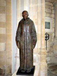 statue-in-sherborne-abbey