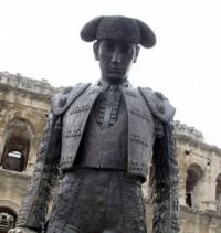 nimes-matador-statue