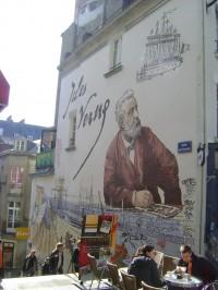 jules-verne-mural