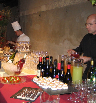 france-wine-and-hors-d-oeuvres