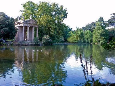 rome-villaborghese-temple