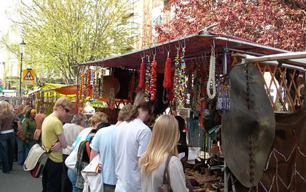 Portobello market crowd