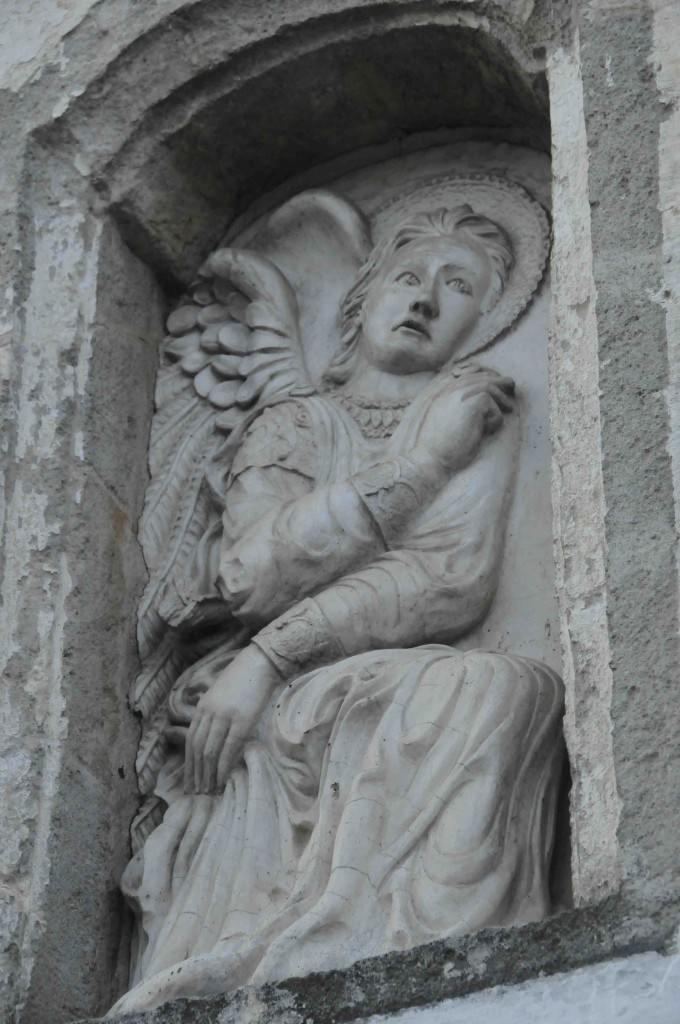 Oria Statue