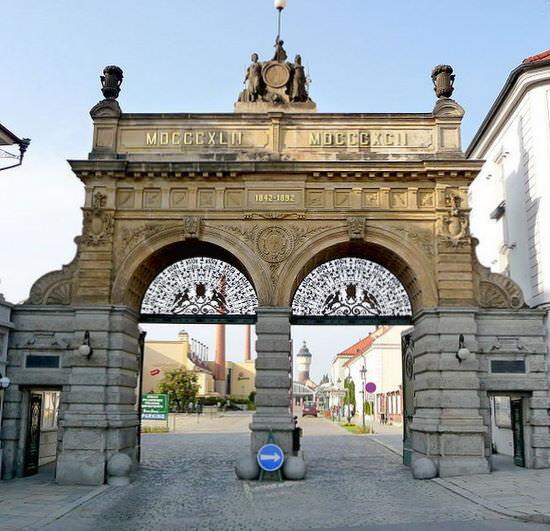 Pilsner-Urquell-Main-Gate