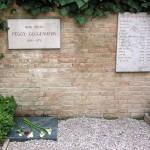 guggenheim_grave