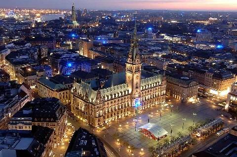 Visit Hamburg to see Rathaus
