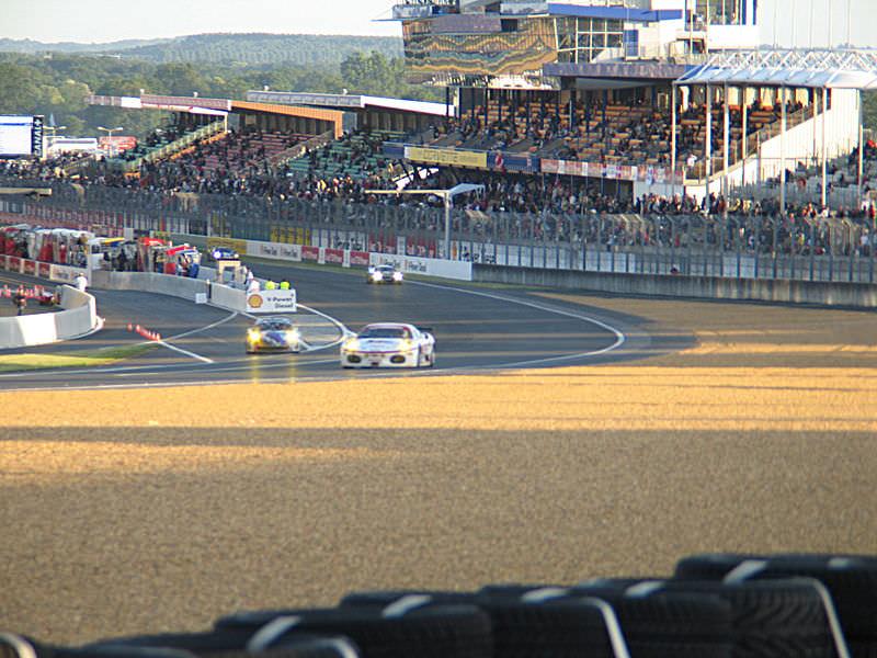Le_Mans_Dunlop_Curve