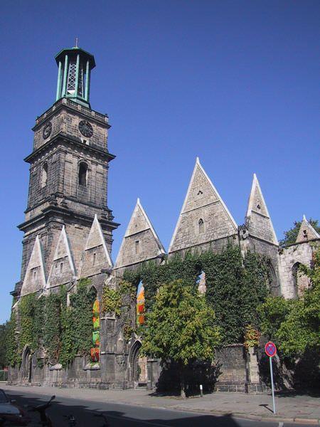 Aegidienkirche_Hannover_war_memorial
