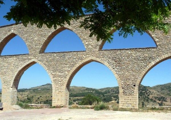 Aqueduct of Santa Llúcia