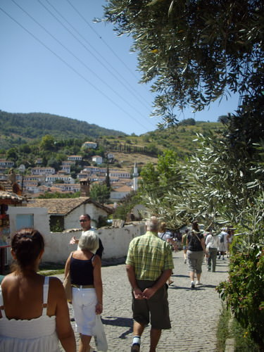 arriving in Sirince