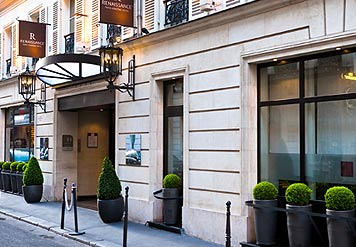 Renaissance Paris Vendome hotel near many famous french sites