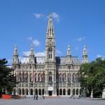 Rathaus_Vienna_June_by Gryffindor