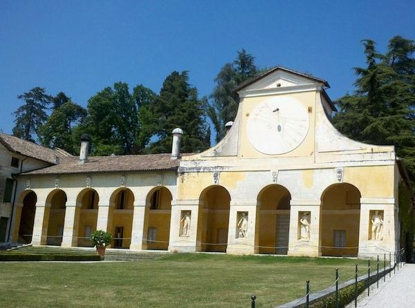 enjoying the great weather in Italy at Cornuda Entrance Villa Barbaro