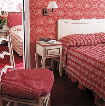 French decor at the Hotel Grimaldi in Nice