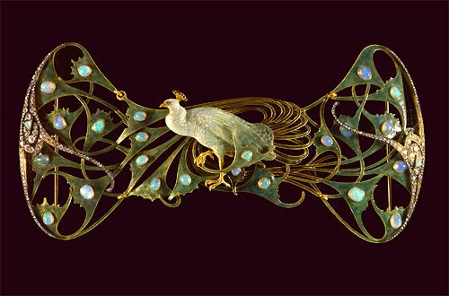 Pectoral by Rene Lalique in the Gulbenkian Museum