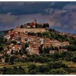 hilltop town - from Sobrecroacia.com
