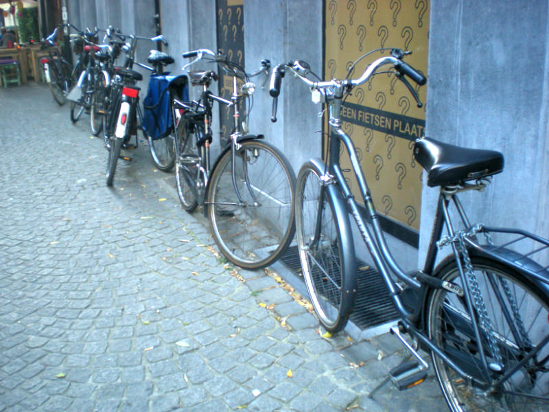Bikes are a primary mode of transportation in Antwerp