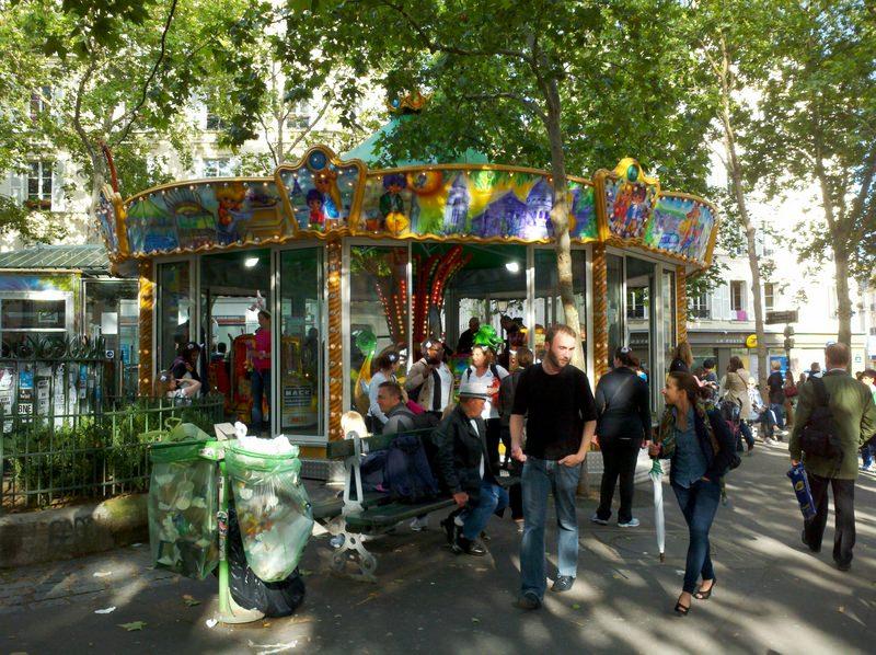 Montmartre Carousel