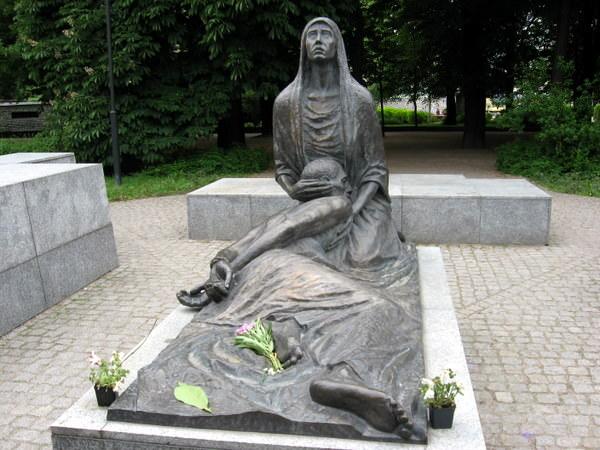 Katyn Pieta and POW