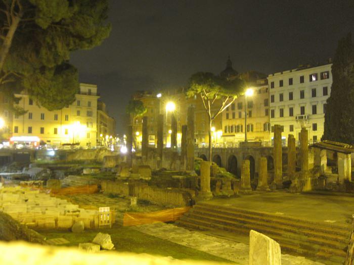 Largo di Torre Argentina and alleged site of Julius Caesar's death