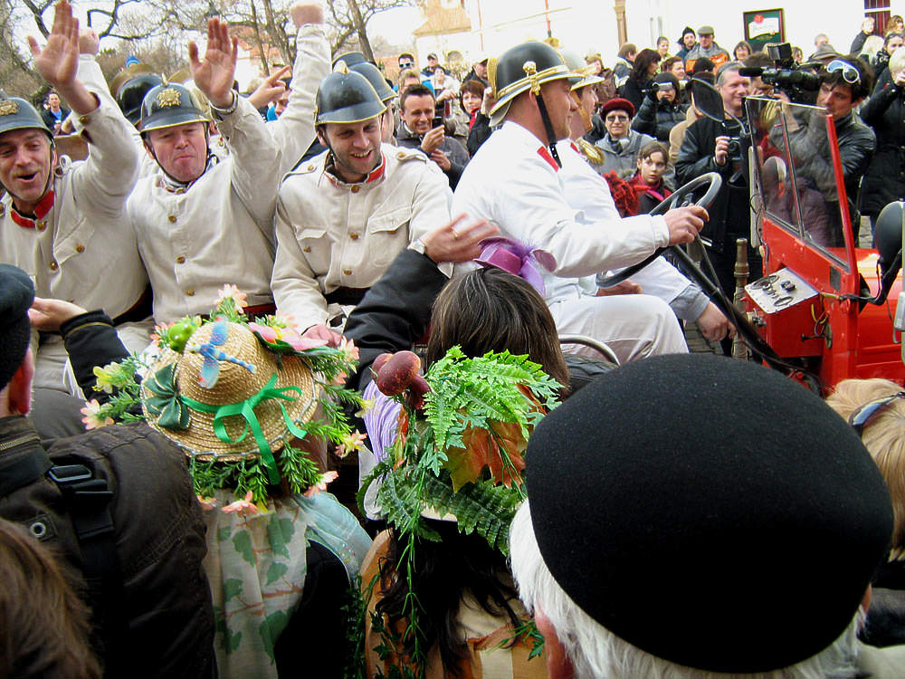 Ceremonial start of the carnival parade - Photo by Martin Zborník