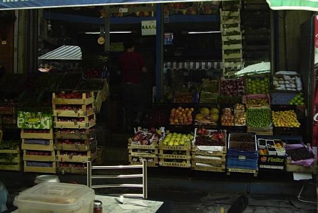 Fruit seller in Istanbul