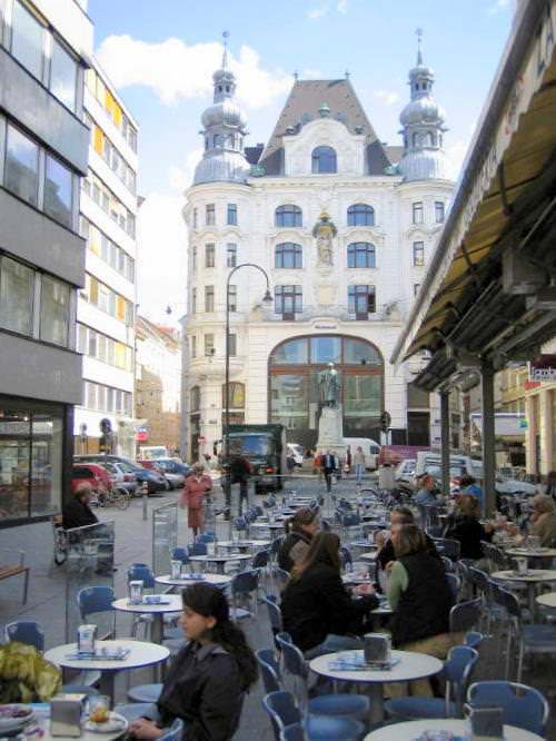 Beautiful architecture in Vienna