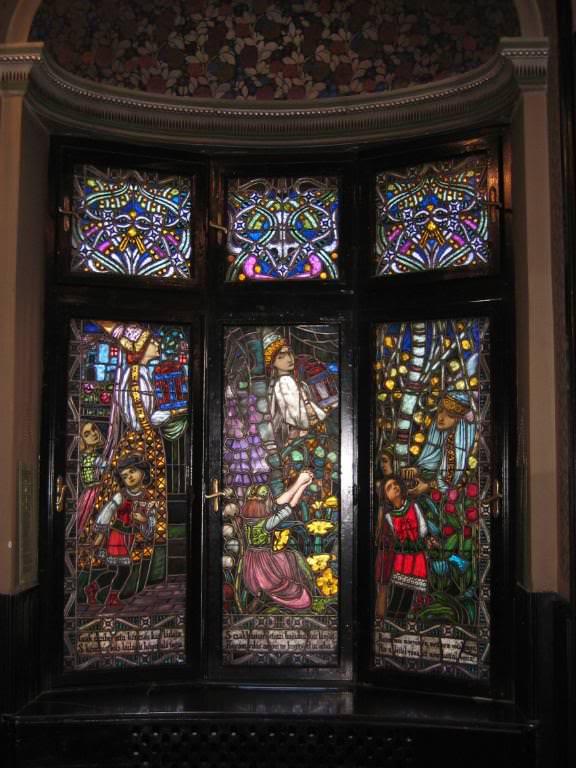 Ilona window panel in the Culture Palace