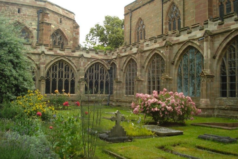Worcester Cathedral Courtyard Garden