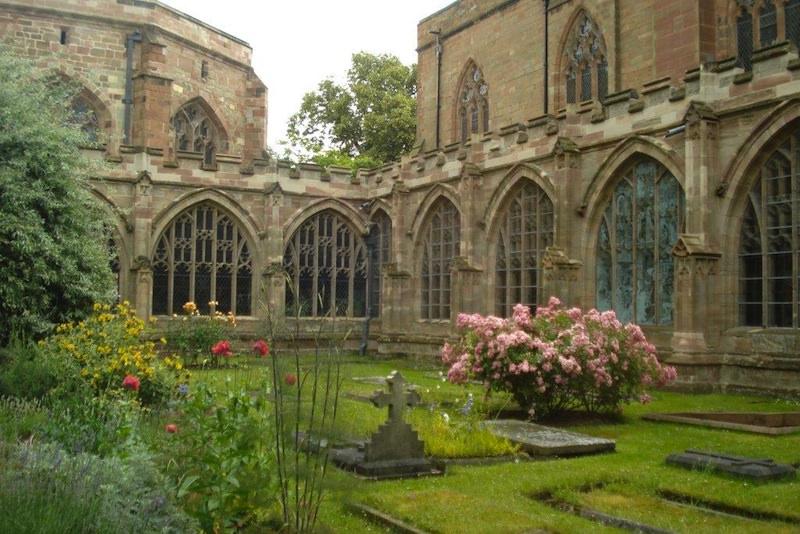 Worcester Cathedral Courtyard Garden
