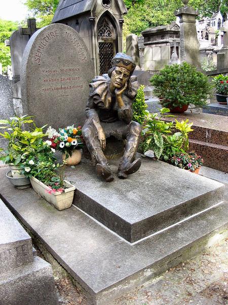 Vaslav Nijinsky tombstone in Montmartre cemetery