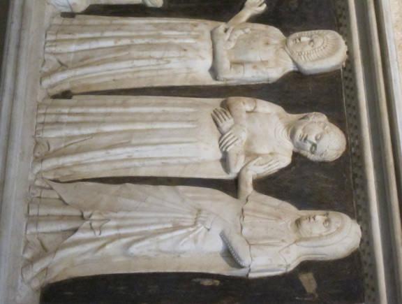 Santa Chiara Statues of Clarissan Nuns