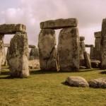 Stonehenge sunrise from WikiMediaCC