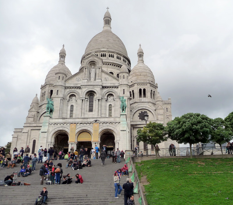 The steps to Sacre Coeur