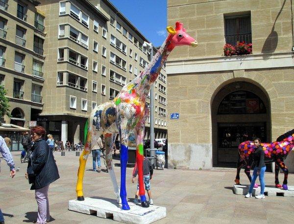 Giraffe art in Marseille