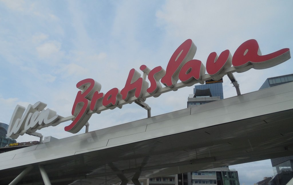 Twin City Liner Sign