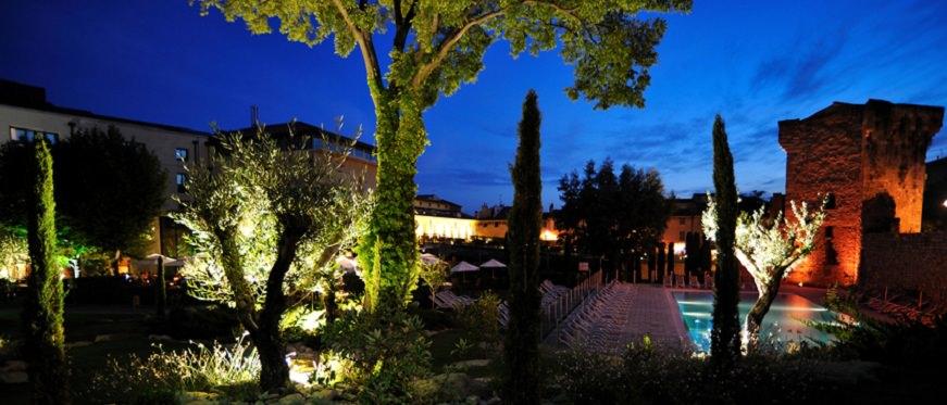 Aquabella  Hotel