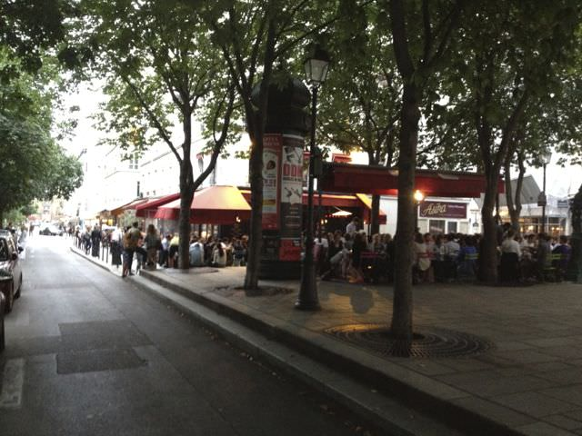 A Sidewalk cafe in the 3rd Ar.