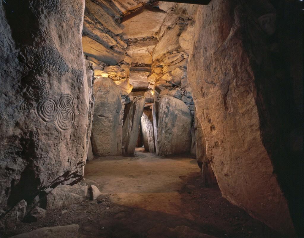 070105_Newgrange_018B.tif