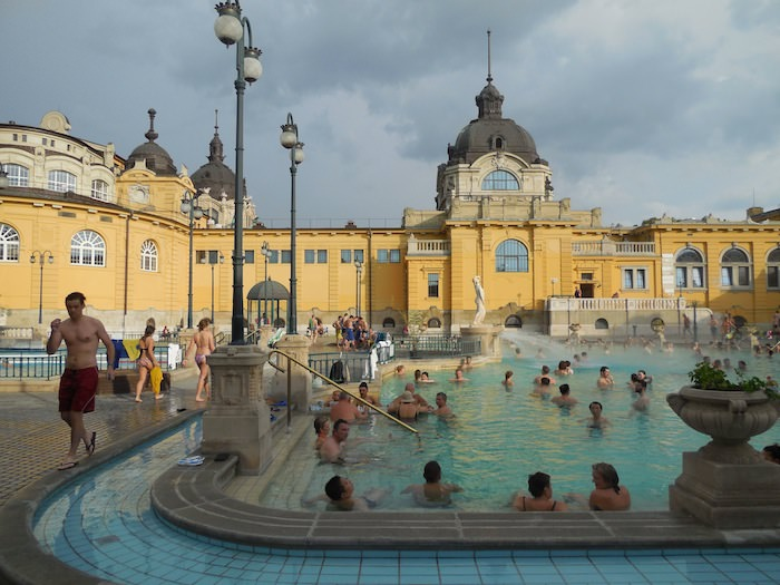 Szecheyni baths in Budapest